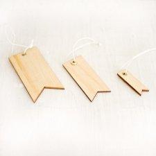 8 Etiquetas colgantes de madera
