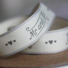Cinta de regalo en algodón. Mr & Mrs 1.6 cms x 5 m.