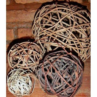 26 Bolas de rattan tamaños surtidos