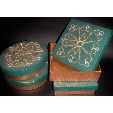 Caja papel mache verde/oro 4 uds surtidas 16x12x5
