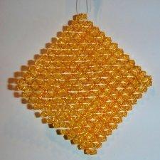 12 Colgantes de abalorios dorados 9.5x9.5 cms