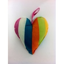 Corazón de rayas 21x20 cms