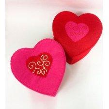 Caja de regalo de corazón, fieltro. 17x17x10 cms. 2 colores