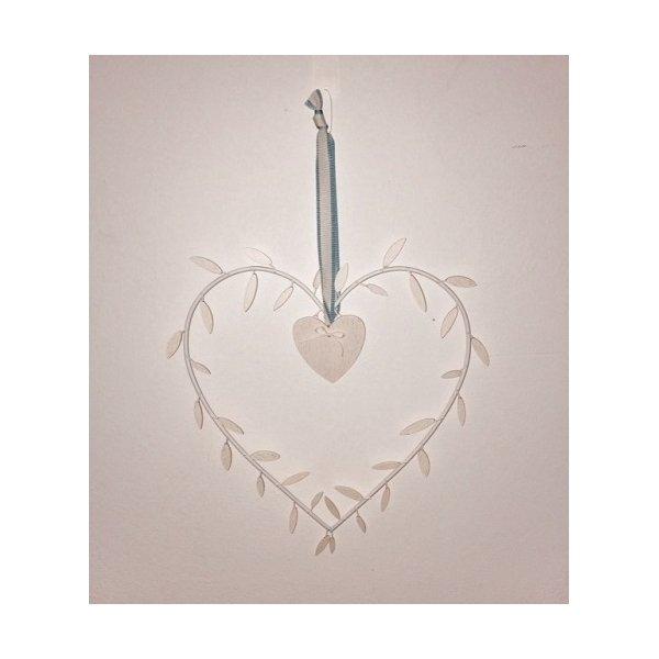 Corazón metálico marfil con hojitas