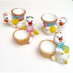 4 Hueveras de cerámica, pollito. Modelos surtidos