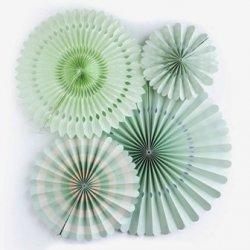Set de 4 abanicos-molinillos, color verde mint.