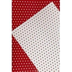 10 Hojas de papel A4, impreso a doble cara. Estrellas rojas.