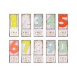 Velas de cumpleaños en forma de números. Del 0 al 9