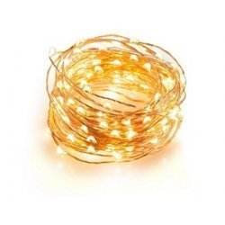 Guirnalda con 100 mini luces led. Cable dorado y luz cálida.