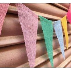 Guirnalda con 12 banderines de yute en color surtido