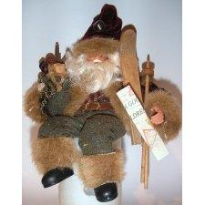 Papa noel sentado con esquíes 22 cms. c/6 uds